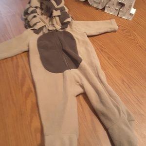 Old Navy lion cub Halloween costume sz 6-12 months